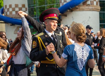 В Харькове прошел парад дебютантов бала «Когда сбываются мечты»