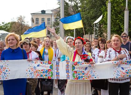 День вышиванки в Харькове (ФОТО)