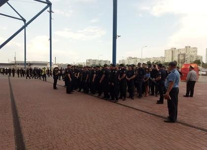 800 правоохранителей придут на футбольный матч при исполнении