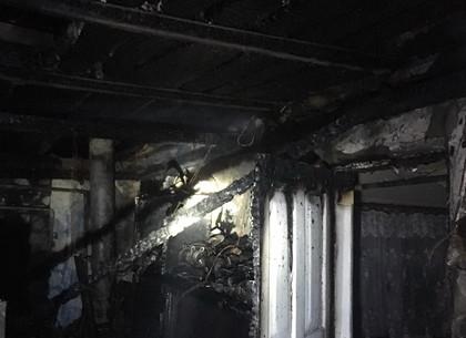 Всю ночь пожарные 67-го поста тушили дома под Харьковом (ФОТО)