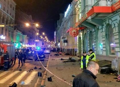 Возобновлено расследование производства автотехнической экспертизы по делу о смертельном ДТП в центре Харькова