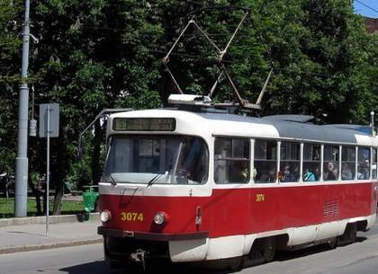 В среду пятый и шестой трамваи пойдут по другому маршруту
