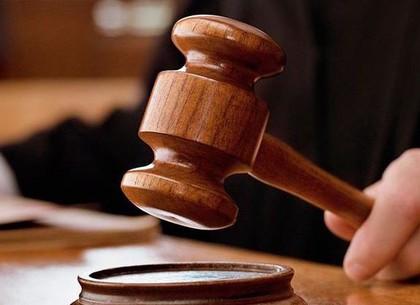 Мужчина жестоко избил незнакомца, но вину не признал: приговор вынесен