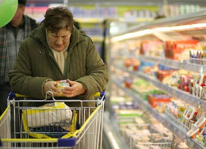 В Харькове дешевеет одежда и дорожает хлеб