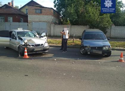 Такси забодало ВАЗ на Халтурина (ФОТО)