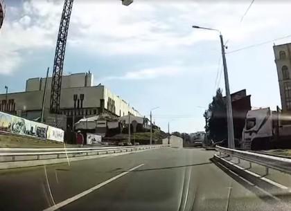 В тихом центре Харькова открыли новую улицу (ВИДЕО)