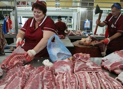 Украинские пенсии пересчитали на мясо и отметили рост потребления