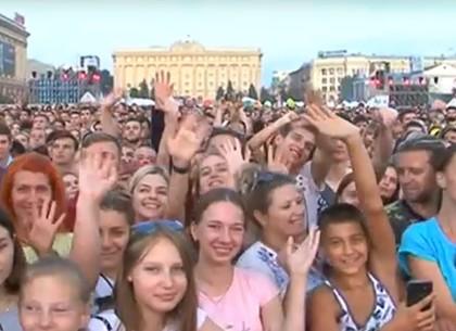 Геннадий Кернес поздравил харьковчан с Днем города (ФОТО, ВИДЕО)