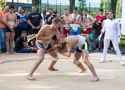 В Харькове проходит Чемпионат Украины по сумо (ФОТО)