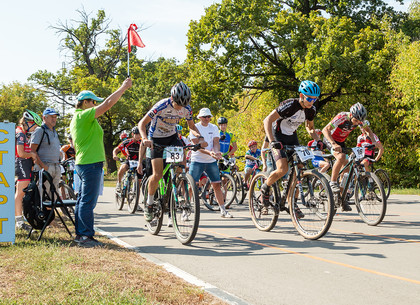 В Харькове проходят национальные турниры по велоспорту (ФОТО)