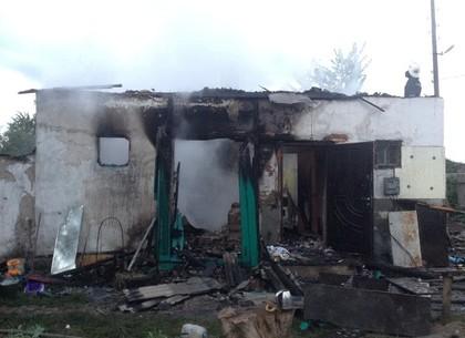 Огонь оставил без жилья четыре семьи (ФОТО)