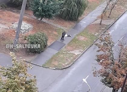 Посреди улицы в Харькове умерла женщина