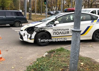 ДТП: водитель немца торпедировал полицейский Приус (ФОТО, ВИДЕО)
