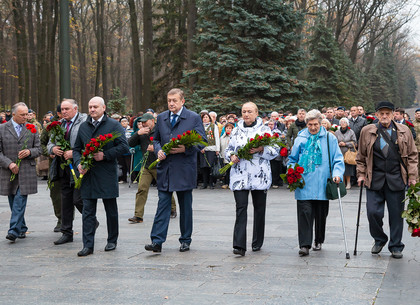 В Харькове отмечают 75-ю годовщину освобождения Украины (ФОТО)