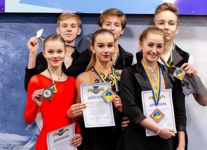 Фигурное катание: харьковчане привезли урожай медалей с чемпионата Украины