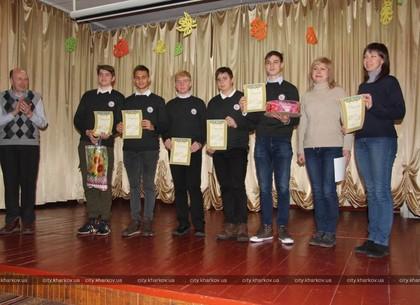 Турнир юных физиков выиграли харьковчане
