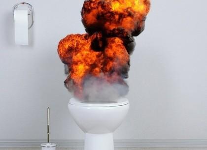 На Харьковщине подростки получили судимость за сожженый туалет