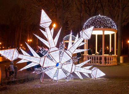 Новогодние инсталляции в парке Горького, Харьков (ФОТО)