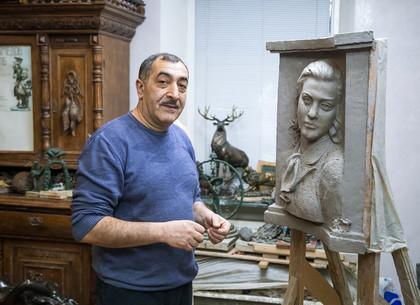 Скульптор Катиб Мамедов: В Харьков меня направил Всевышний
