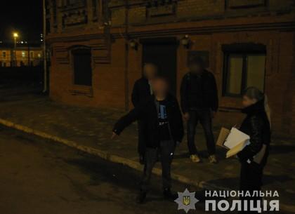 В Харькове сосед получил нож в живот