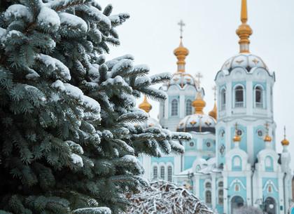 В Харьков вернулся снег (ФОТО)
