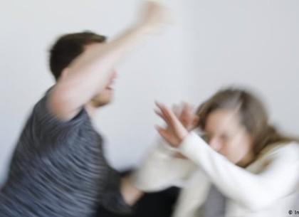 С 11 февраля начала работу горячая линия для лиц, пострадавших от домашнего насилия