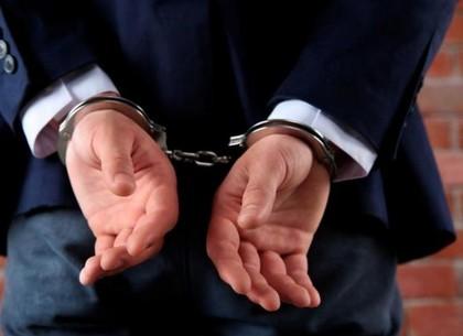Чиновник суда дважды смошенничал при составлении акта: открыто уголовное дело