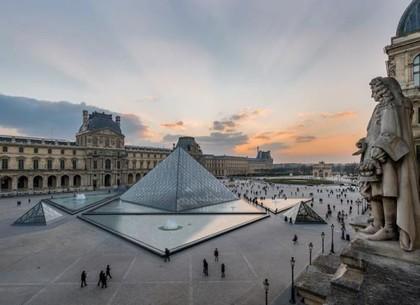 Карантин из-за коронавируса: список музеев, которые можно «посетить» онлайн