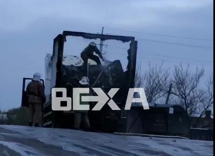 ЧП: под Харьковом загорелся грузовик (ВИДЕО)