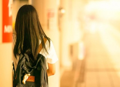 Сбежала и пряталась в Днепре: разыскали 17-летнюю беглянку