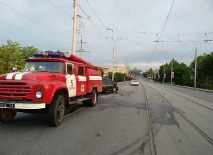 Машина в смятку, но живой: через сутки на месте смертельного ДТП автомобиль врезался в столб (ФОТО)