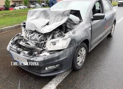 На Клочковской Volkswagen догнал фургон (ФОТО)