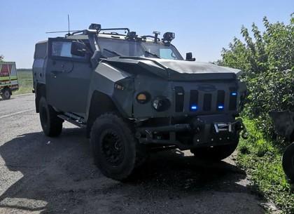 ДТП-тройничок с военным автомобилем: пострадали гражданские (ФОТО, ОБНОВЛЕНО)