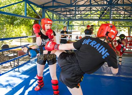 В Харькове появился первый открытый детский боксерский ринг (ФОТО)