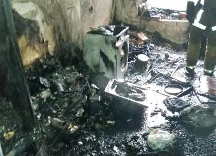 Пожар на ХТЗ: пожарные спасли три десятка человек (ГСЧС)