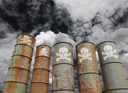Воздух над Харьковом несколько дней подряд не выходит из оранжевой, опасной для здоровья, зоны загрязнения (РЕДПОСТ)
