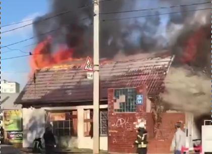 Возле подготовленного к взрыву элеватора загорелся заброшенный магазин (ХС)