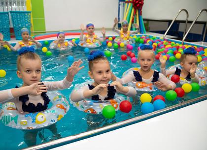 ФОТО: В детском саду №142 открылся обновленный бассейн (РЕДПОСТ)