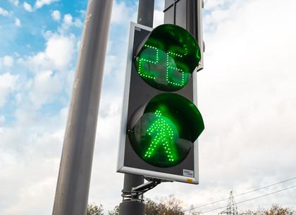 ФОТОРЕПОРТАЖ: На сложном перекрестке в районе Велозаводского моста заработали светофоры (РЕДПОСТ)