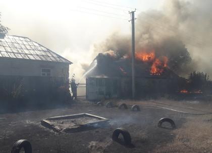 Правительство выделило владельцам 11 сгоревших домов в Двуречанском районе по 300 тыс. грн (КМУ)