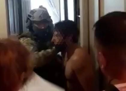 Въехали в Харькове, пойманы словаками: провал аферы махинатора-индуса (Прокуратура)