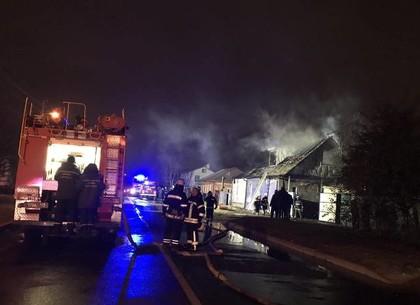 ФОТО: Спасатели рассказали, как тушили дом в Золотом переулке (ГСЧС)