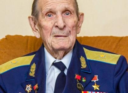 День рождения отмечает легенда авиации Михаил Карпеев (ХГС)