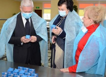 Игорь Терехов проинспектировал работу столовой школы № 17
