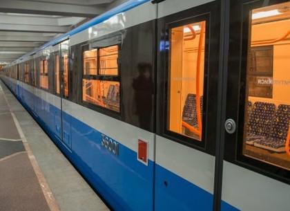 На Пасху в Харькове продлят работу метро, автобусов, трамваев и троллейбусов