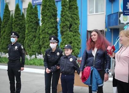 Харьковские патрульные осуществили мечту тяжелобольного мальчика (ВИДЕО)