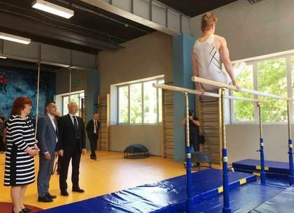 В харьковской школе открыли современный спортивный комплекс