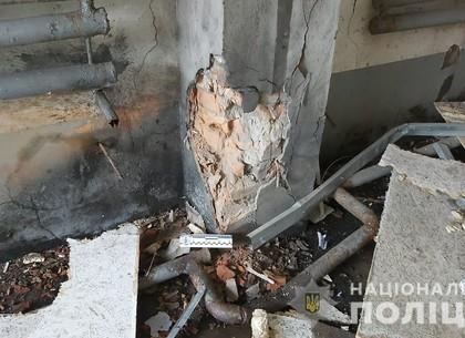Обокрали и взорвали здание: под Харьковом разыскиваются преступники (ФОТО, ВИДЕО)