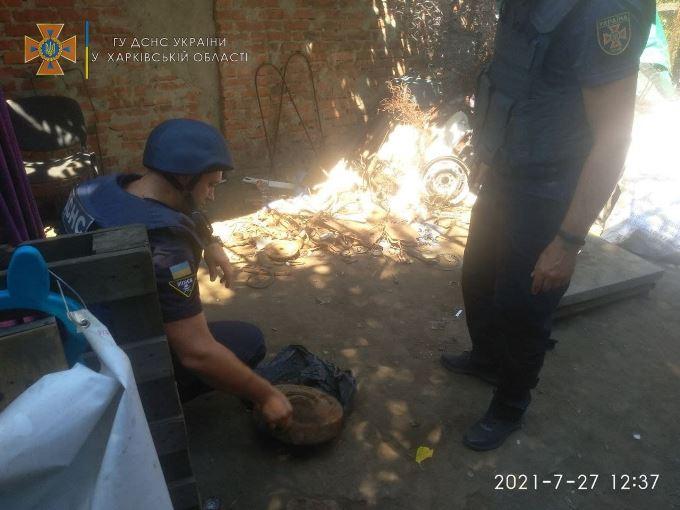 Противотанковую мину сдали в пункт приема металлолома в Харькове