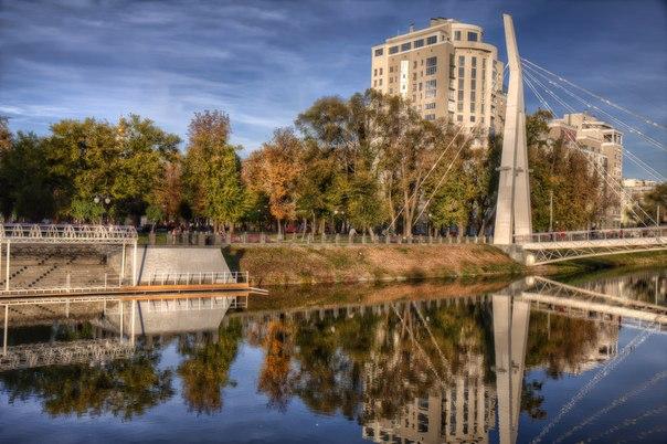 Весь день небо в Харькове будет ясным, и тучи не омрачат его своим присутствием. Без осадков.